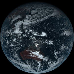 himawari8_first_image