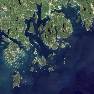 On Sept. 6, 2015, the OLI on the Landsat 8 satellite acquired these images of Acadia National Park and its surroundings. (Credit: NASA Earth Observatory image by Jesse Allen, using Landsat data from the U.S. Geological Survey)
