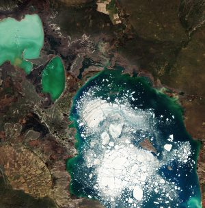 Large chunks of broken ice float in east-central Kazakhstan's Alakol Lake. (Credit: Contains modified Copernicus Sentinel data (2016), processed by ESA)