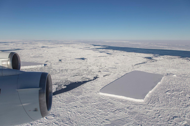 Rectangular-Icebergs-e1540915983671