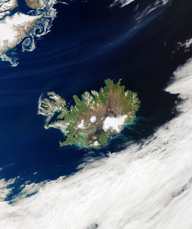 Cloud-free_Iceland-e1598904225720